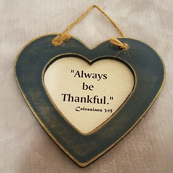 "Carousel Unlimited Other - Blue Wooden Heart ""Always be Thankful"" Sign"